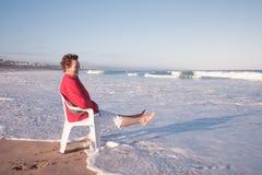 ¡El sentarse en las ondas de Kleinbrak! foto de archivo