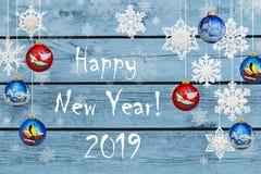 ¡Feliz Año Nuevo! Decoraciones del Año Nuevo: copos de nieve y la Navidad b foto de archivo
