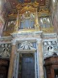 ¡Interior n Roma Italy Europe de San Juan de Letrà de la basílica imagen de archivo