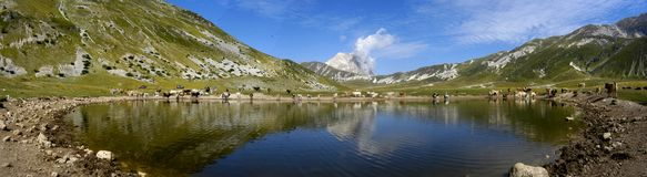 ¡Lago! Fotos de archivo