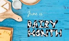 ¡Mes de la lechería del día y de junio de la leche del mundo! Imagenes de archivo