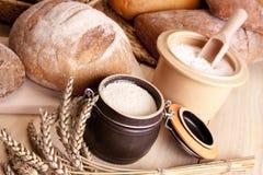 ¡Pan de la hornada! Imágenes de archivo libres de regalías