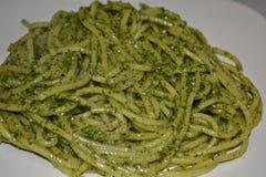 ¡Pesto de la salsa de espagueti un Genovese, delicioso!! Fotos de archivo