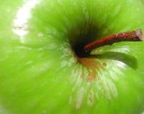 ¡Una manzana al día! Foto de archivo