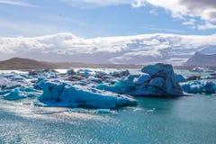 ³ azul n lagoa-Islândia do rlà do ¡ do gelo-Jökulsà da geleira Fotos de Stock