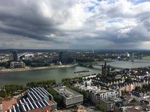 ¼ Œ d'ï de paysage de Cologne donnant sur Cologne images libres de droits