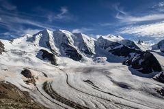 ¼ nos cumes, Suíça de Piz Palà fotos de stock royalty free