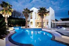 ¿El sueño con una piscina le gusta esto?? imagen de archivo