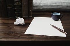 ¿Escriba o no escribir? Imagen de archivo libre de regalías