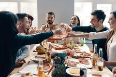 ¿Quién quiere más pizza? imagen de archivo libre de regalías