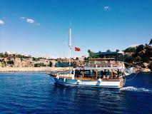 Море и яхта