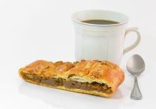 ฺฺbakery面包和咖啡在白色背景 免版税库存照片