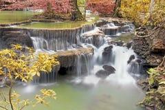 à ¹ ‡ à ¹ ‡ Huay Mae Kamin瀑布在泰国 免版税库存照片