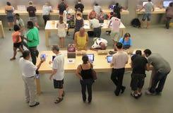 À Apple Store Photos stock
