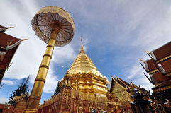 ฺBeautiful寺庙& Wat Phrathai土井素贴ChiangMai 免版税库存照片