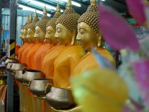ฺBuddha Statuen lizenzfreie stockbilder