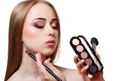 À l'arrière plan, tir de mode, maquillage, d'isolement sur le blanc Photographie stock libre de droits