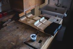 À l'atelier de piano Photographie stock libre de droits