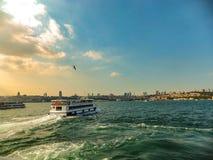 À l'autre côté du Bosphorus images stock