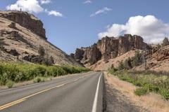 À l'est du paysage de l'Orégon de montagnes de cascade photographie stock libre de droits