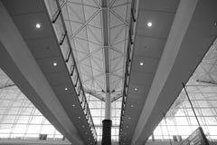 À l'intérieur d'un aéroport image libre de droits