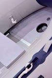 À l'intérieur d'un canot en caoutchouc Photo libre de droits