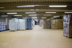 À l'intérieur d'un entrepôt Photo libre de droits