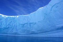À l'intérieur d'un iceberg, l'Antarctique Photographie stock libre de droits
