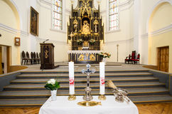 À l'intérieur d'une église Photographie stock libre de droits