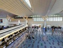 À l'intérieur de l'aéroport de Haneda à Tokyo, le Japon Image stock