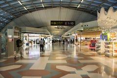 À l'intérieur de l'aéroport international de Suvarnabhumi à Bangkok, la Thaïlande Photos stock