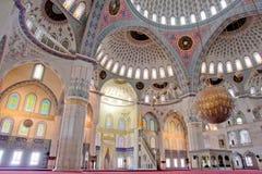 À l'intérieur de de la mosquée de Kocatepe à Ankara Turquie Image libre de droits