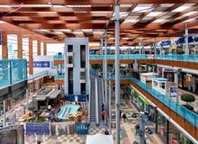 À l'intérieur de du centre commercial de Habaneras Photos stock