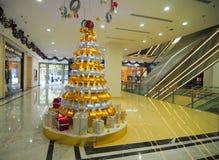 À l'intérieur de du centre commercial de Vincom Image stock