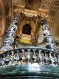 À l'intérieur de du dôme des invalides de les à Paris photos stock