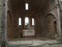 À l'intérieur de l'église aux Frances d'Oradour Sur Glane photo stock
