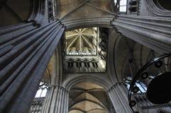 À l'intérieur de la cathédrale de Frances de Rouen Image libre de droits