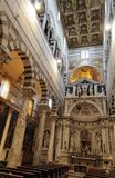 À l'intérieur de la cathédrale de Pise Image libre de droits
