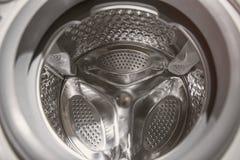 À l'intérieur de la machine à laver photo stock