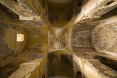 À l'intérieur de la vieille église Photo libre de droits