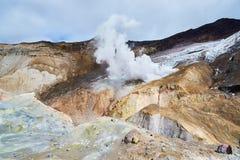 À l'intérieur du cratère du volcan de Mutnovsky Images stock