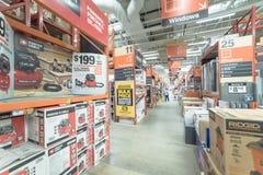 À l'intérieur du magasin de matériel de Home Depot à Dallas, le Texas, Amérique photographie stock