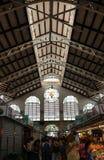À l'intérieur du marché central de Valence Images libres de droits