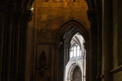 À l'intérieur du monastère de Jeronimos (Lisbonne, Portugal) Images libres de droits