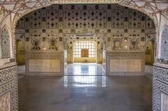 À l'intérieur du palais de miroir en Amer Palace Photos libres de droits