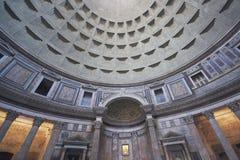 À l'intérieur du Panthéon Images libres de droits
