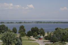 À la bouche de la rivière Dnieper image stock