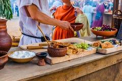 Nourriture romaine de l 39 empire photo stock image 48645554 - La cuisine de la rome antique ...