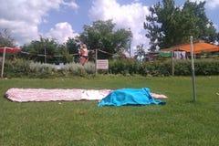 À la piscine Photographie stock libre de droits