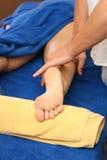 À menina faça massagens Imagens de Stock Royalty Free